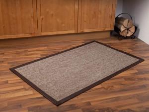 So kennen ihn die meisten – den Sisal-Teppich in kleiner, aber feiner Form. Jetzt bei Textilshop.at auch bis zu einer Breite von 5 Metern erhältlich.